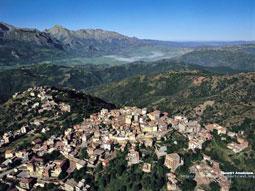 Le midi libre midi kabyle taourirt mokrane le for Haute kabylie